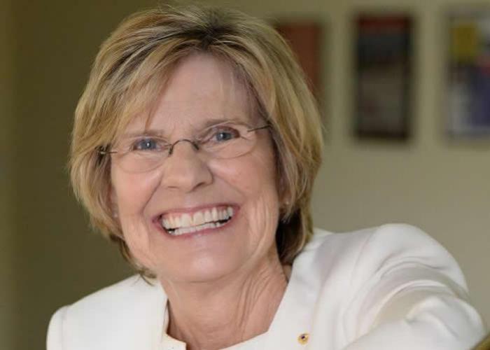 Lyn Beazley Profile Pic